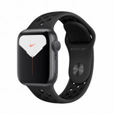 Apple Watch S5 NIKE 40mm Space Gray Aluminum / Black Sport Band